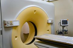 Ny MRI, kopiering för magnetisk resonans i sjukhus arkivfoto