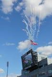 在美国公开赛人最终匹配开幕式的烟花在比利吉恩National Tennis Center国王的 图库摄影