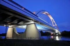 ny natt för bratislava bro Arkivbilder