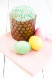 Ny och smaklig påskkaka och ägg Royaltyfria Foton
