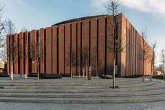 Ny plats av den polska symfoniorkesteren för nationell radio Arkivfoton