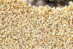 Ny popcorntextur arkivbilder