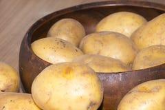 Ny potatis från bonden i Tyskland Fotografering för Bildbyråer