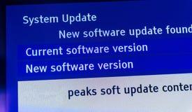 Ny programuppdatering funnit meddelande på TV Royaltyfria Foton
