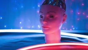 Ny robotteknikinnovation, robothuvud för konstgjord intelligens lager videofilmer