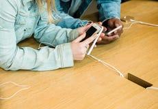 Ny senast smartphone för Apple iPhoneSE från Apple-datorer Arkivfoto