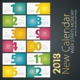 Ny skrivbordkalender för måndag för 2018 veckastarter bakgrund landskap Fotografering för Bildbyråer