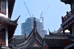 Ny Skyscarper uppbyggnad i Shanghai, Kina Arkivfoton
