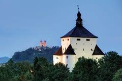 Ny slott i Banska Stiavnica, Slovakien Arkivfoton