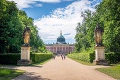 Ny slott (tysk: Neues Palais) i Postdam Arkivbild