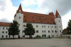 Ny slottbyggnad i rustningmuseum i Ingolstadt i Tyskland Arkivfoton