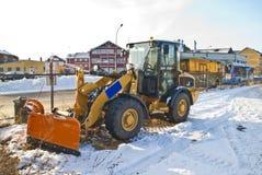 Ny snowplog. fotografering för bildbyråer