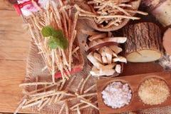 Ny taro och taropinne med salt Royaltyfria Bilder