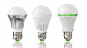 Ny typ av LED kulor, evolution av belysning, energi - besparing och miljöskydd Royaltyfria Bilder