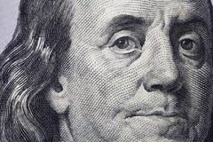 NY VALUTA FÖR 100 USA FÖR DOLLARRÄKNING Arkivfoton