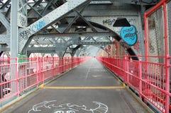 ny walkway williamsburg york för brostad Arkivbilder