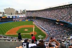 NY-Yankee och Detroit Tigersbasketmatch på Juli 8th 2007 royaltyfria foton
