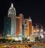 Ny York-ny York hotell & kasino i Las Vegas på natten Royaltyfria Foton
