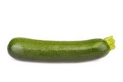 Ny zucchini som isoleras på vit Arkivbild