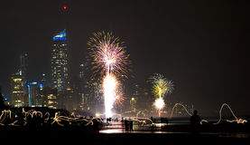Nya år Eve Fireworks - Gold Coast Arkivfoto