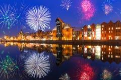 Nya år fyrverkeriskärm i Gdansk Royaltyfri Foto