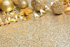 Nya år guld- partibakgrund för helgdagsafton Arkivbild