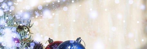 2018 nya år jul ekologiskt trä för julgarneringar Royaltyfri Bild