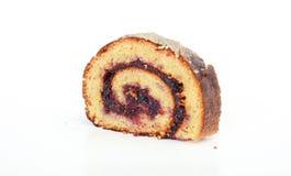 Nya bakade Plum Jam Roll Cake Royaltyfri Foto