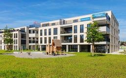 Nya bostads- byggnader i Bremgarten, Schweiz Royaltyfria Bilder
