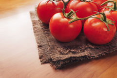Nya druvatomater med kryddor för bruk som matlagningingredienser äta som är sunt Fotografering för Bildbyråer