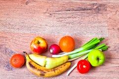 nya fruktgrönsaker Arkivbild