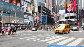 nya fyrkantiga tider york stock video