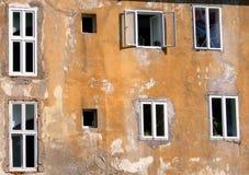 nya gammala fönster Fotografering för Bildbyråer