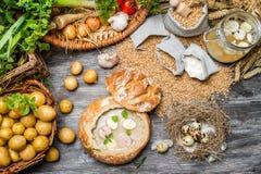 Nya grönsaker och hemlagad soppa Fotografering för Bildbyråer