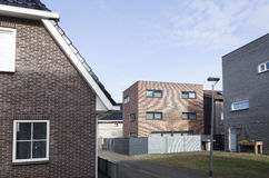 Nya hus i homerusbuurt i Almere Poort i Nederländerna Arkivfoto