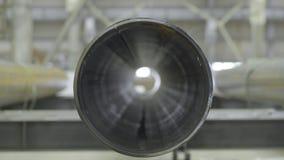 Nya industriella metallavklopprör främre sikt, slut upp Främre sikt för rör Royaltyfri Fotografi