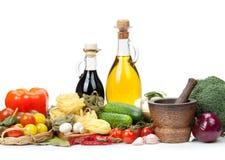 Nya ingredienser för att laga mat Arkivbilder