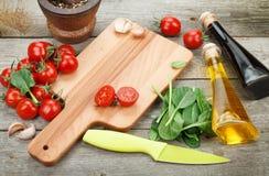 Nya ingredienser för att laga mat Royaltyfri Bild