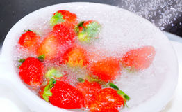 Nya japanska jordgubbar Royaltyfri Bild