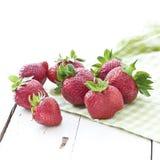 Nya jordgubbar Arkivbild