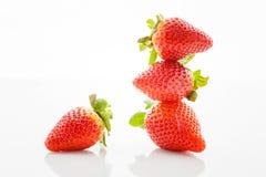 nya jordgubbar för closeup Royaltyfri Foto