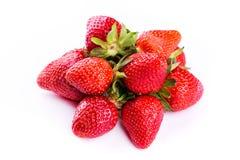 Nya jordgubbar som isoleras på vit bakgrund. Royaltyfria Bilder