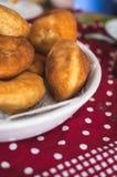 nya läckra donuts Arkivfoton