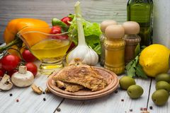 Nya läckra ingredienser för sund matlagning- eller salladdanande arkivbild