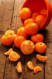 Nya mandariner i bunke Royaltyfri Foto
