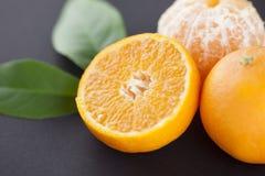 Nya mandarines och gräsplansidor Arkivfoto