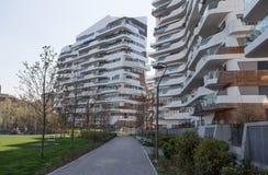 Nya moderna hus för bostads- byggnad av affären för `-stadsliv` och det bostads- området, `-Tre Torri `, Milan, Italien Arkivfoto