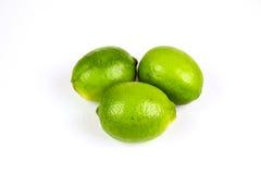 Nya mogna hela limefrukter Royaltyfri Fotografi