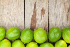 Nya mogna limefrukter Royaltyfri Fotografi