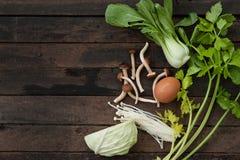 Nya och blandade grönsaker Royaltyfri Foto